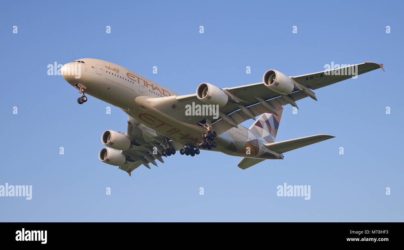 Etihad Airways Airbus A380 Super Jumbo A6-APA coming into land at London Heathrow Airport LHR - Stock Image