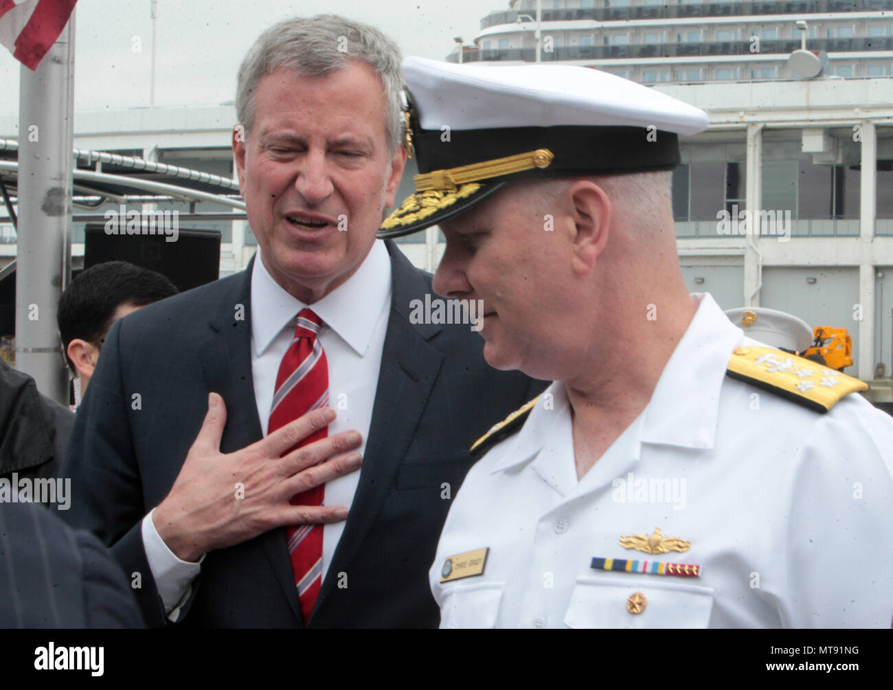 New York, NY, USA. 28th May, 2018. (L-R) New York City Mayor Bill De Blasio and Admiral Christopher Grady, United States Navy attend the 2018 Memorial Day Ceremony held aboard the U.S.S Intrepid Sea, Air, Space Museum Complex on May 28, 2018 in New York City. Credit: Mpi43/Media Punch/Alamy Live News - Stock Image