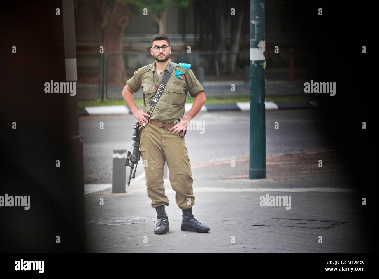 Tel Aviv, soldier - Stock Image