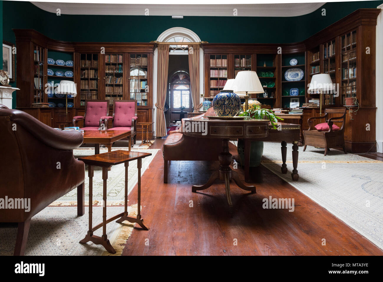 Beautiful library in Plantation House, the British Governor's Residence. It was built in 1792 by the East India Company.. St Helana - Stock Image