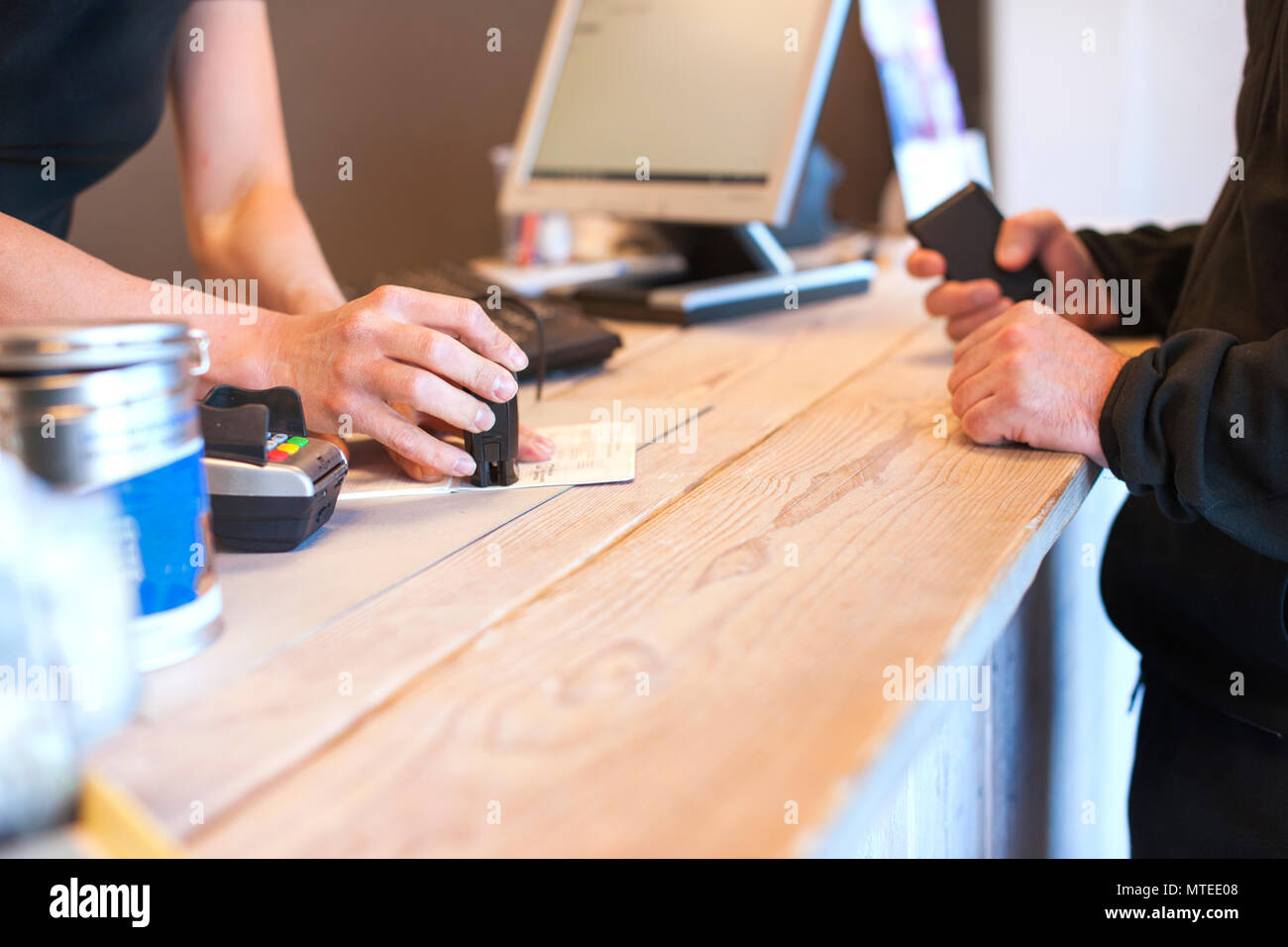 Reception in the veterinary clinic. Execution of documents. Copy space - Stock Image