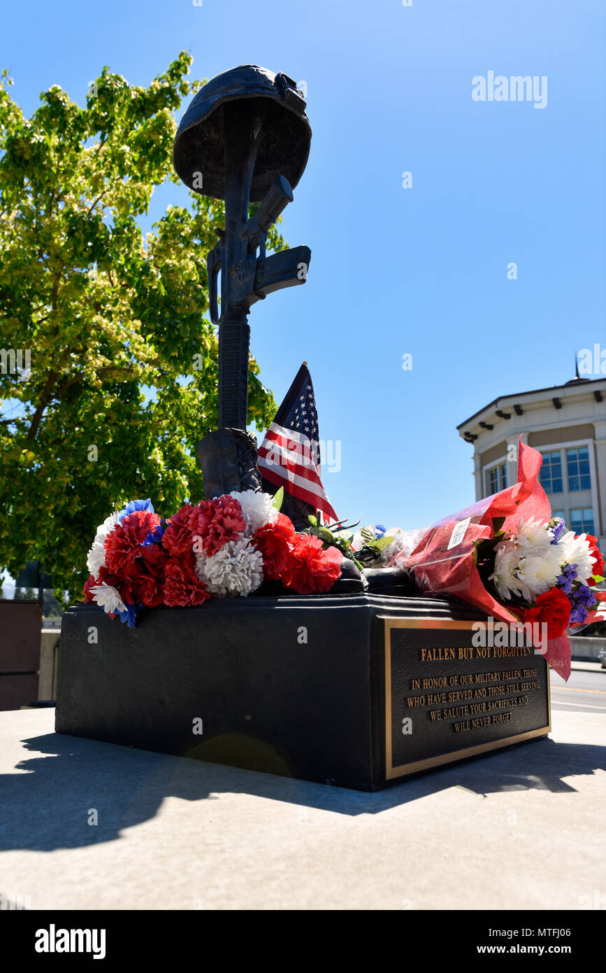 Memorial day memorial in downtown Napa California - Stock Image