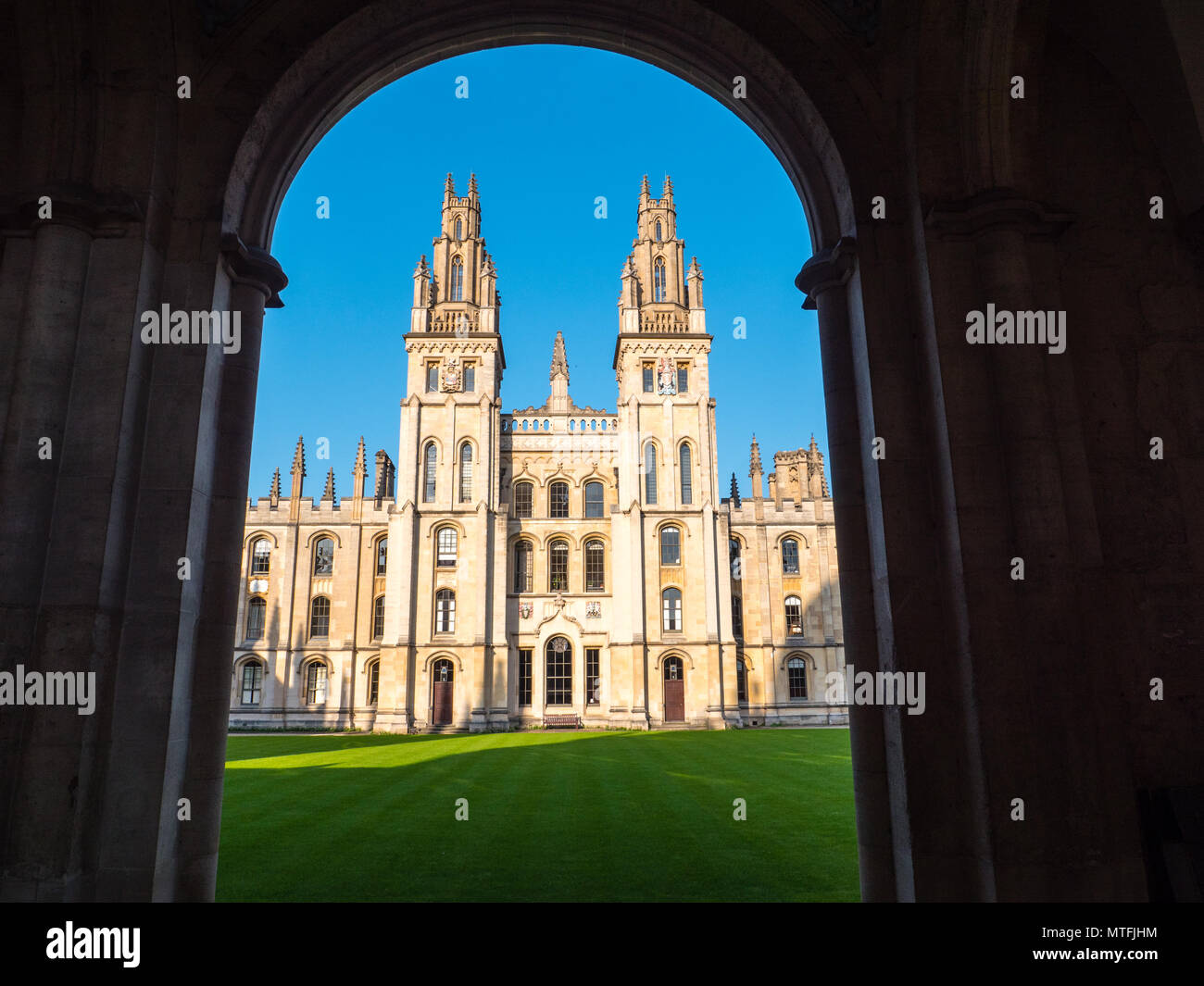All Souls College, (College of the souls of all the faithful departed), Worlds Hardest Entrance Exam, Oxford University, Oxford, England, UK, GB. - Stock Image