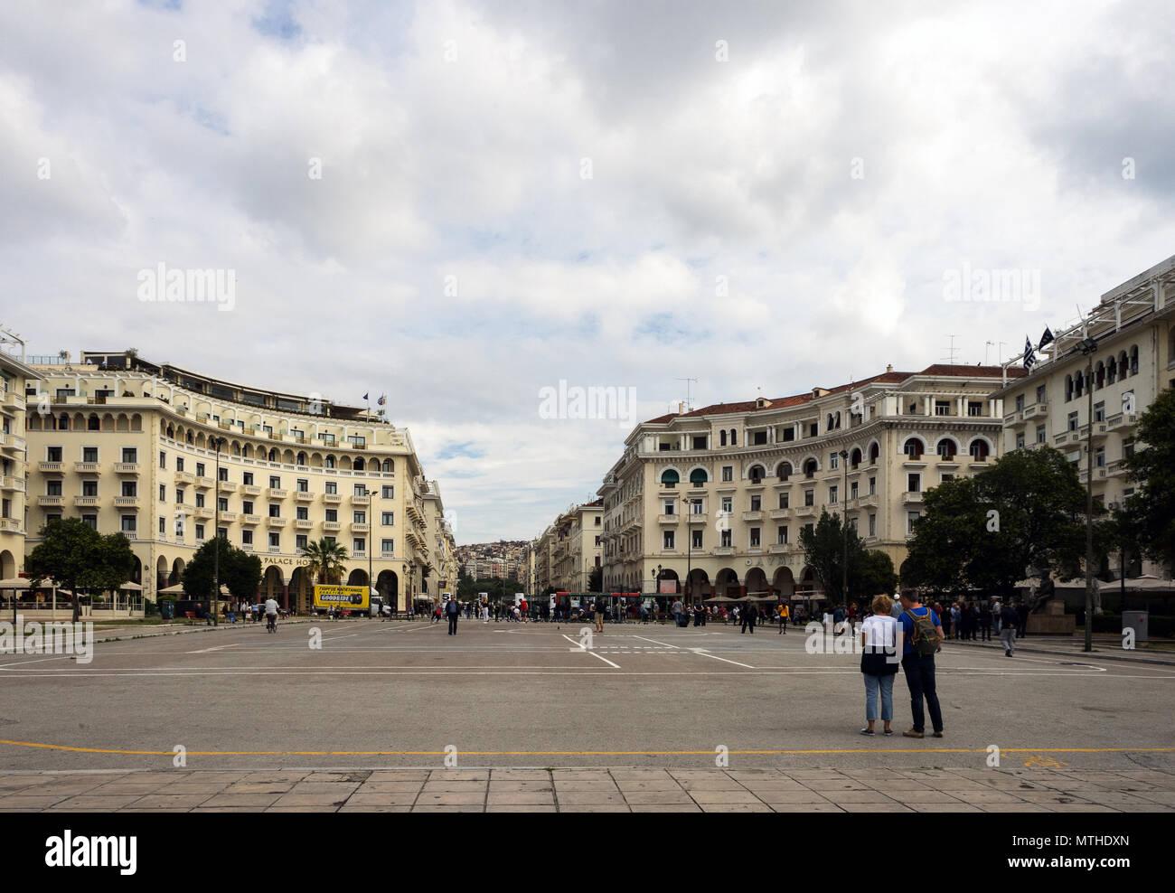 Thessaloniki, Greece, 09/28/2017: Aristotelous square in Thessaloniki - Stock Image