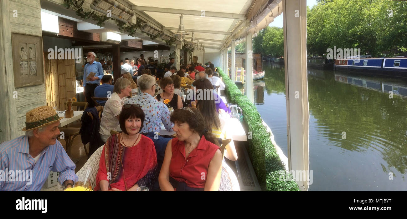 The Summerhouse restaurant on the Canal at Little Venice in London - Stock Image