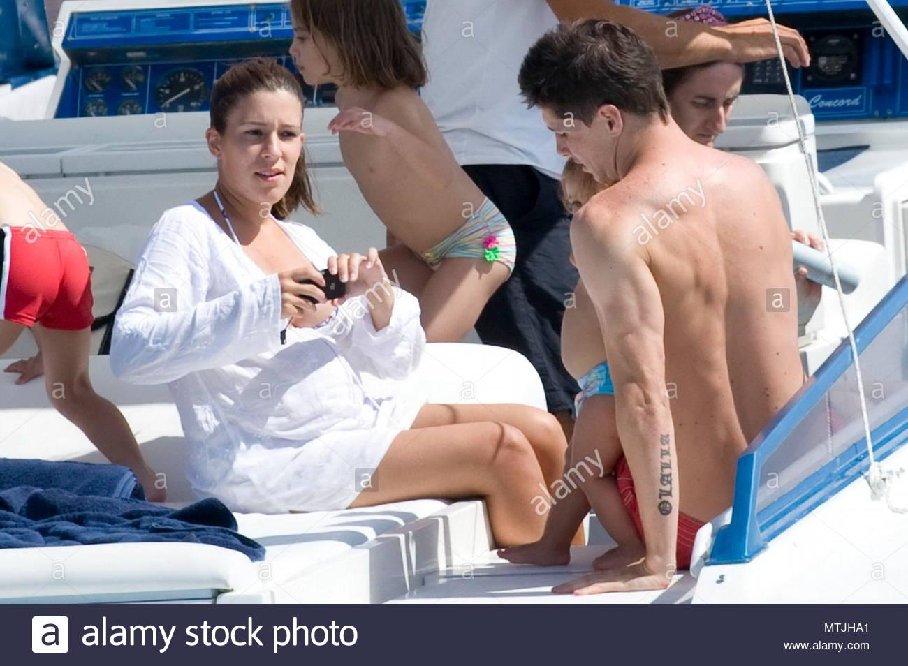 Fernando Torres Olalla Dominguez Liste And Nora Torres Liverpool