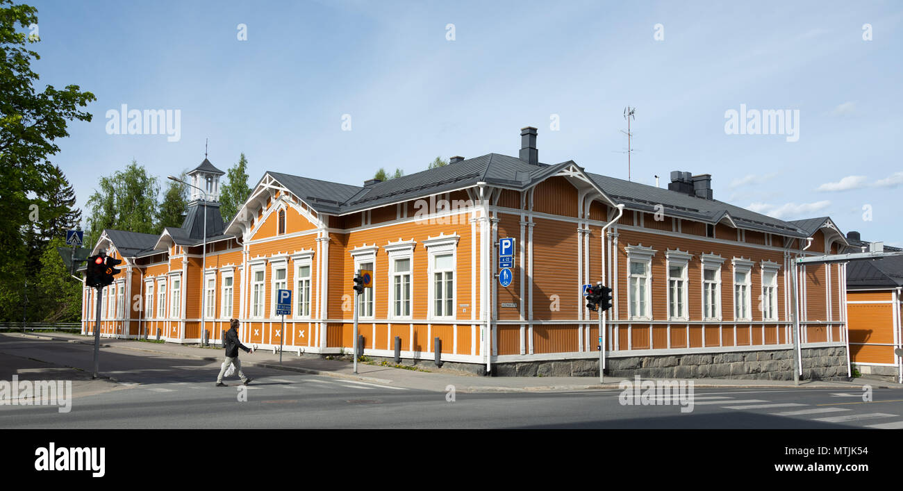An old, traditionally built wooden house from the city of Kuopio in the province of Savo in Eastern Finland. - Stock Image