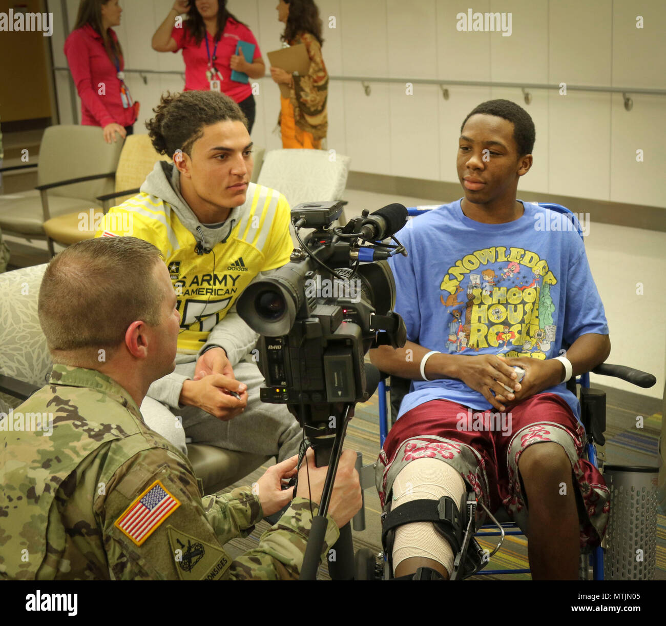 Army Reserve Staff Sgt Steve Engle A Broadcast Journalist With The