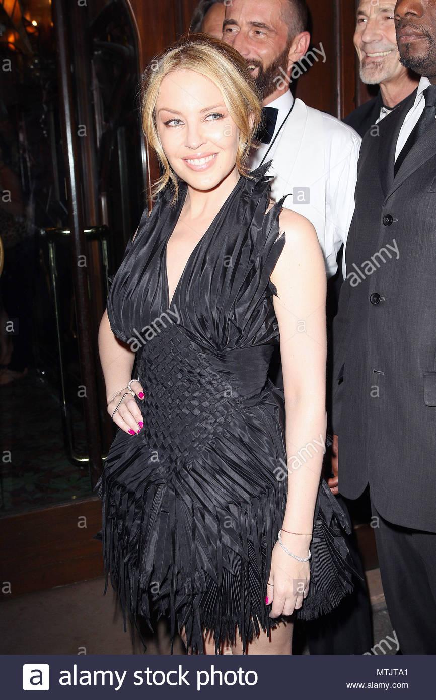Celebrites Kylie Minogue nudes (33 photo), Sexy, Sideboobs, Boobs, see through 2006