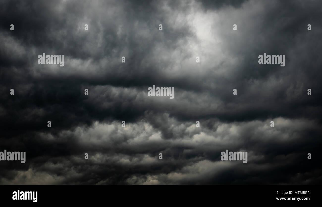 Unduh 75+ Background Black Sky Paling Keren