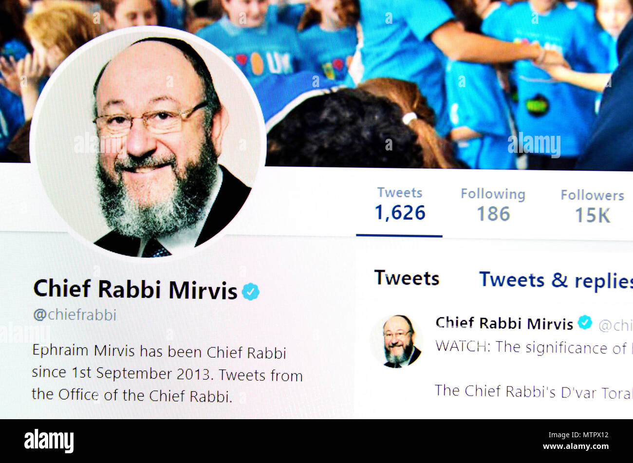 Chief Rabbi Ephraim Mirvis' Twitter page (2018) - Stock Image