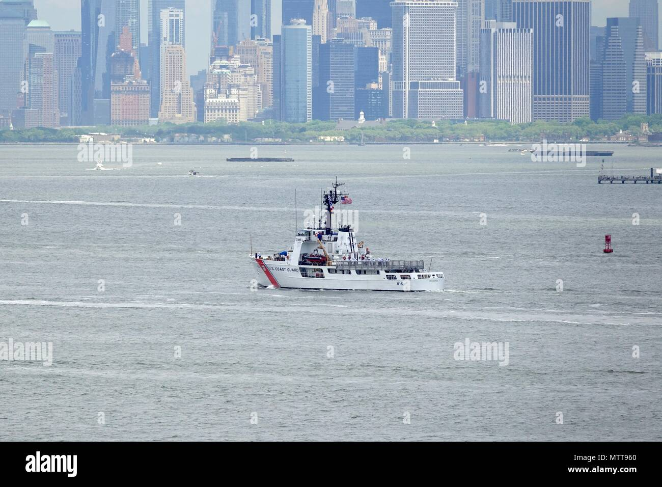 Fleet Of Foot Stock Photos Images Alamy Power Boat Installation Fishing Hunting Kayak Marine Led 210 New York Coast Guard Cutter Diligence A Medium Endurance Based