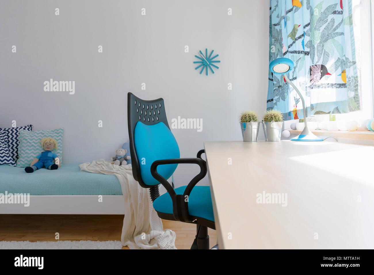 blue teen desk chair