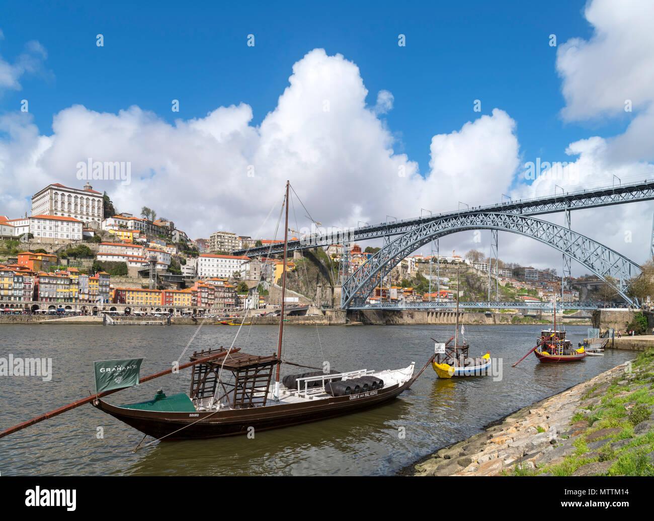 River Douro and Dom Luis I Bridge ( Ponte Dom Luis I ) from Vila Nova de Gaia, Porto, Portugal - Stock Image