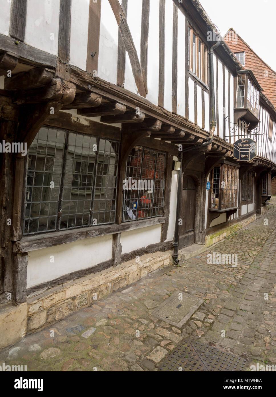 Joan Presley hats shop, fifteenth century architecture, St John's Alley, Devizes, Wiltshire, England, UK - Stock Image