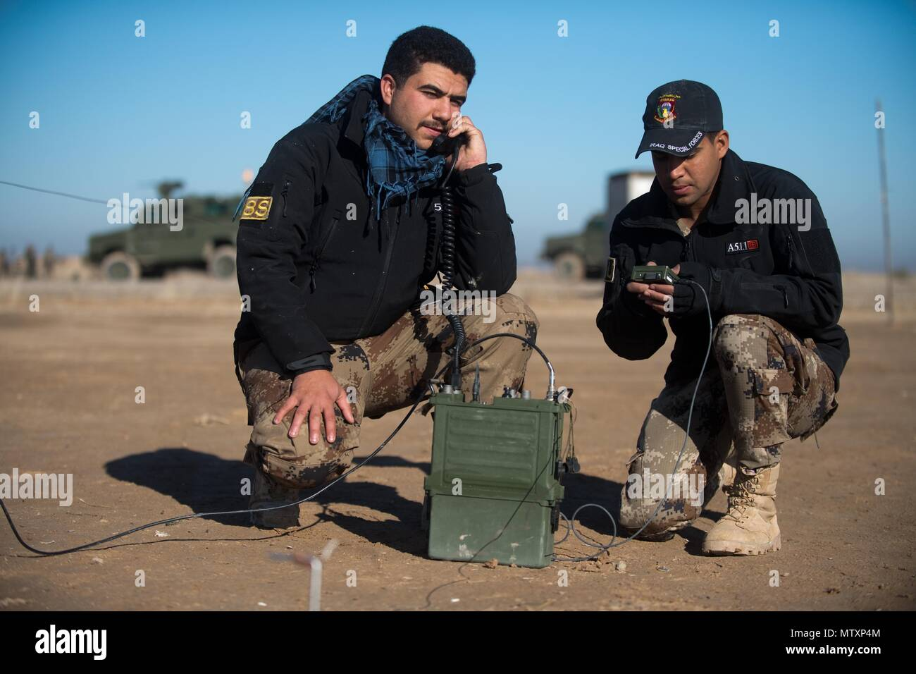 Iraqi Counter-Terrorism Service trainees conduct high frequency communications training near Baghdad, Iraq, Jan. 30, 2017. ICTS is Iraq's elite counter-terrorism force and has proven to be an effective fighting force against ISIL. This training is part of the overall Combined Joint Task Force – Operation Inherent Resolve building partner capacity mission to increase the capabilities of partnered forces fighting ISIL. CJTF-OIR is the global Coalition to defeat ISIL in Iraq and Syria. (U.S. Army photo by Staff Sgt. Alex Manne) - Stock Image