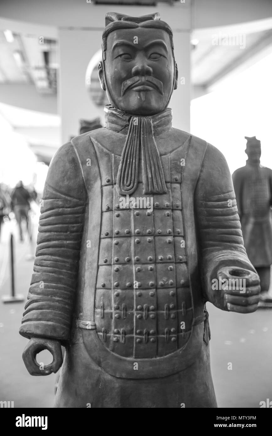Chinese terracotta soldier. Reproduction of the famous statues of Xian, China - Stock Image