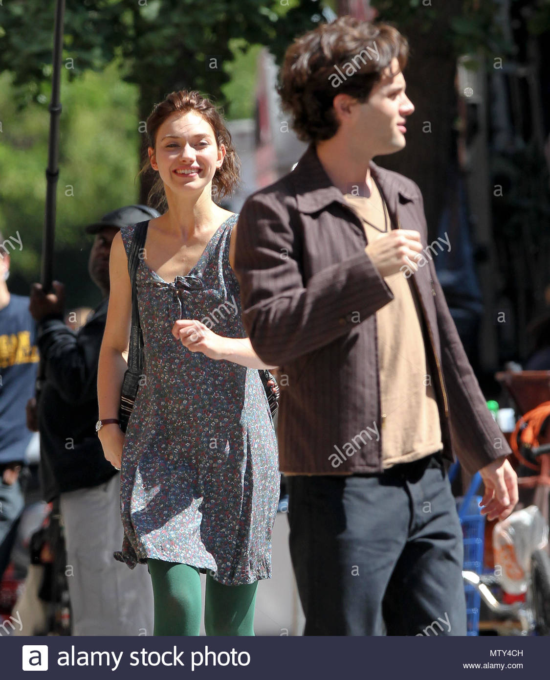 Imogen poots and penn badgley british actress imogen poots and penn imogen poots and penn badgley british actress imogen poots and penn badgley seen filming a movie greetings from tim buckley in new york city usa m4hsunfo
