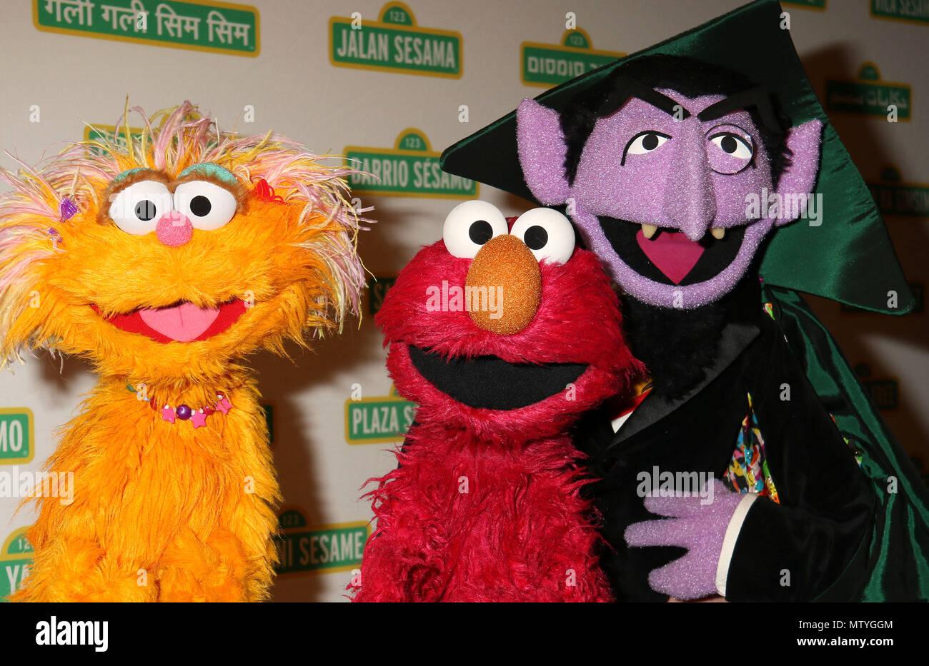 Sesame Street Characters Stock Photos Sesame Street