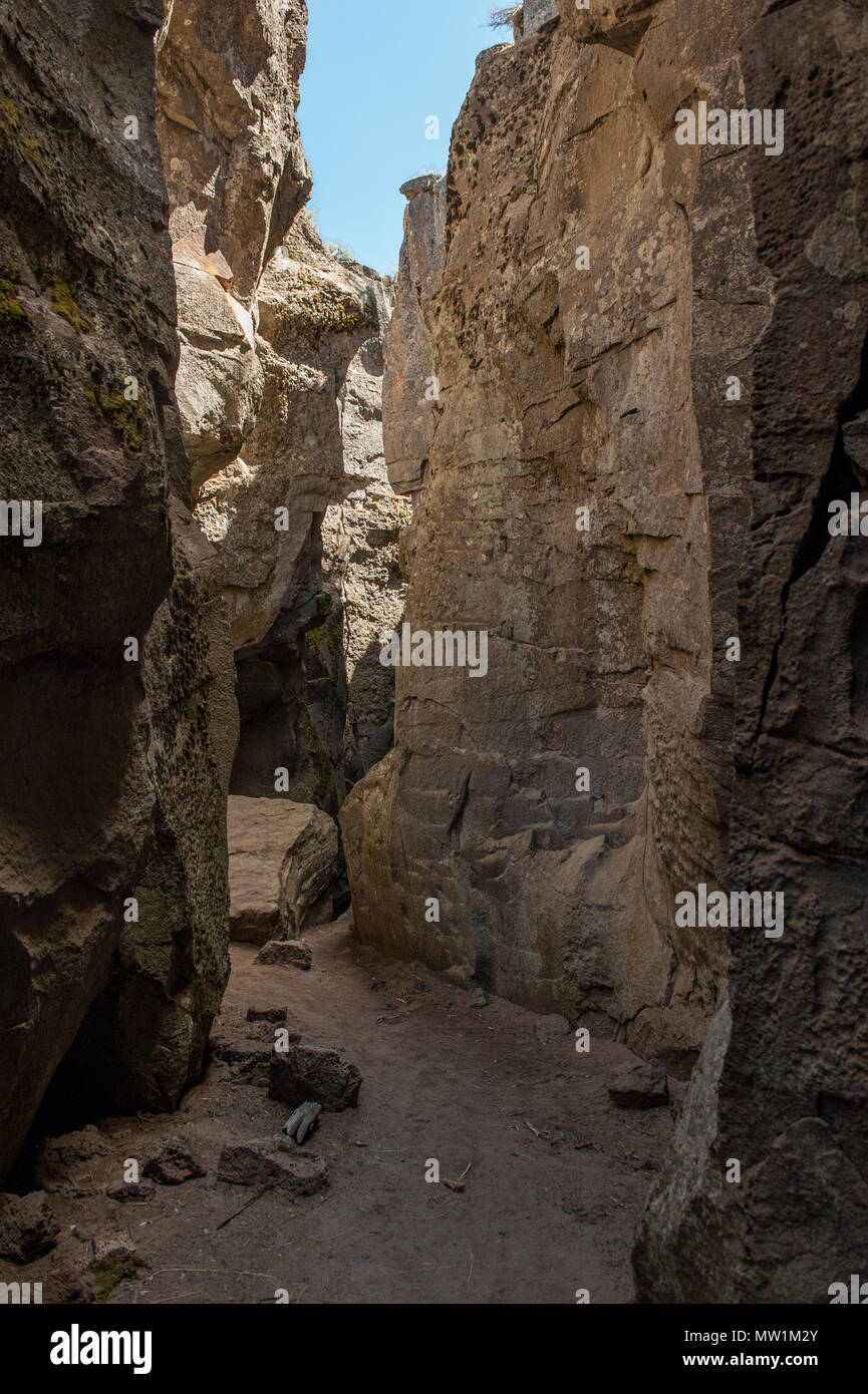 Down inside the Crack In The Ground near Christmas Valley, Oregon - Stock Image