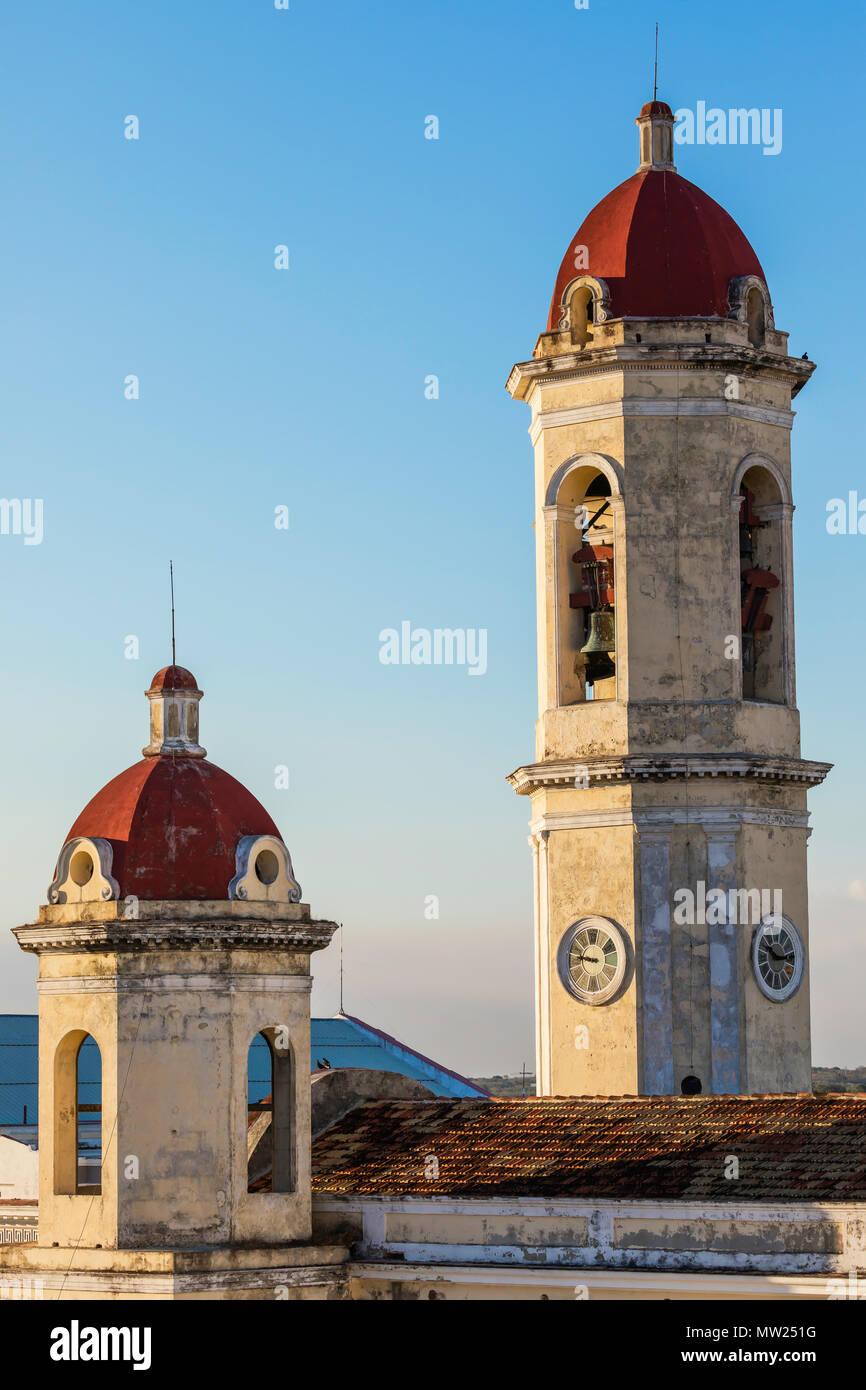 The bell towers of the Catedral de la Purísima Concepción in Plaza Jose Marti, Cienfuegos, Cuba. Stock Photo