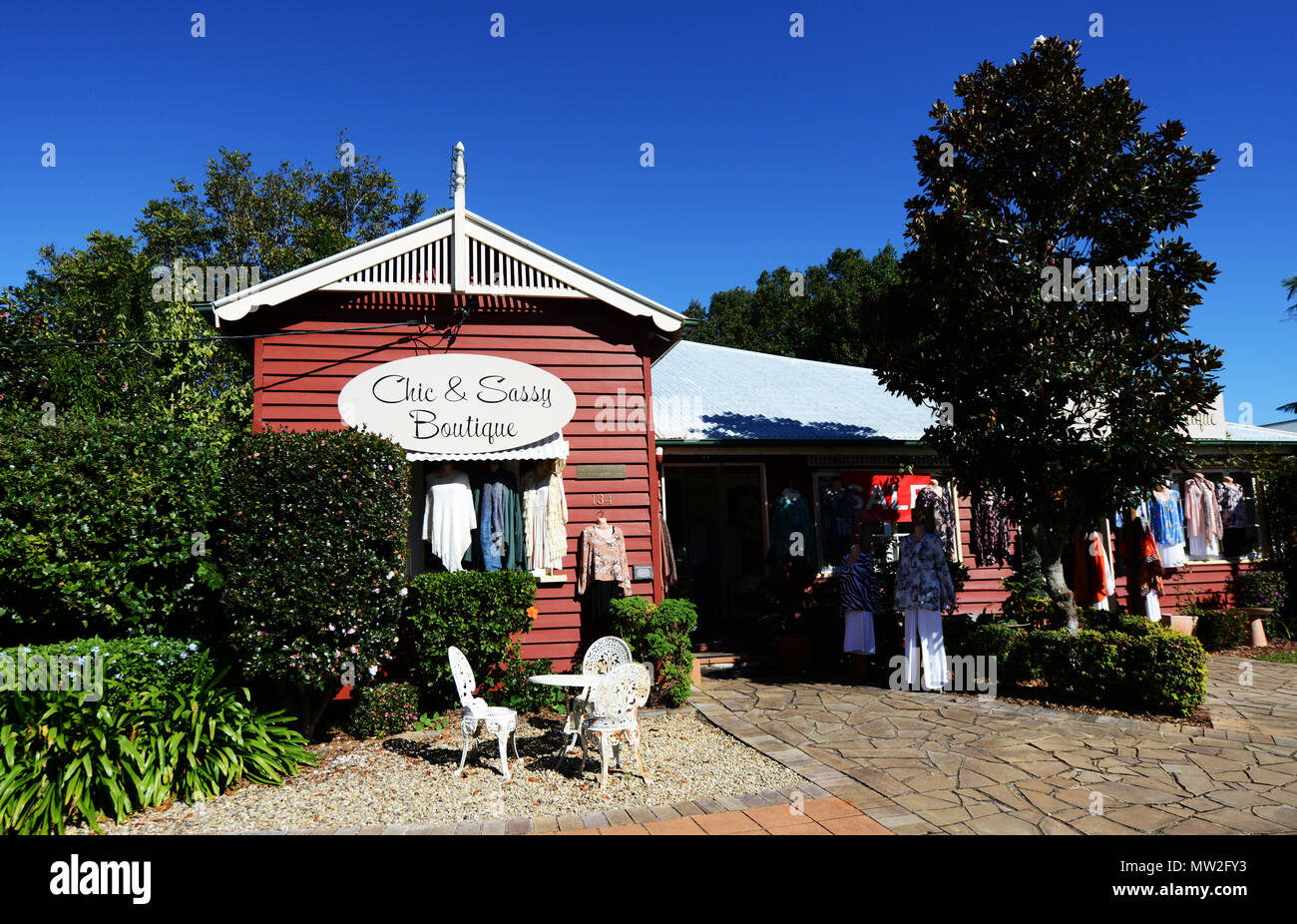 The Chic & Sassy boutique in Montville, Queensland. - Stock Image
