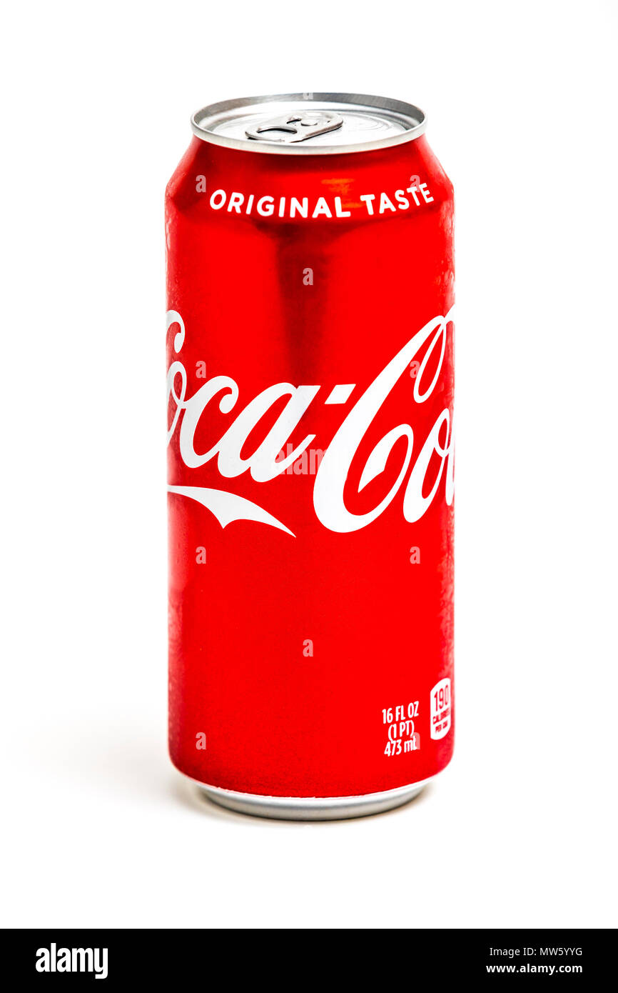 A 16 ounce can of Coca Cola Stock Photo: 187601780 - Alamy