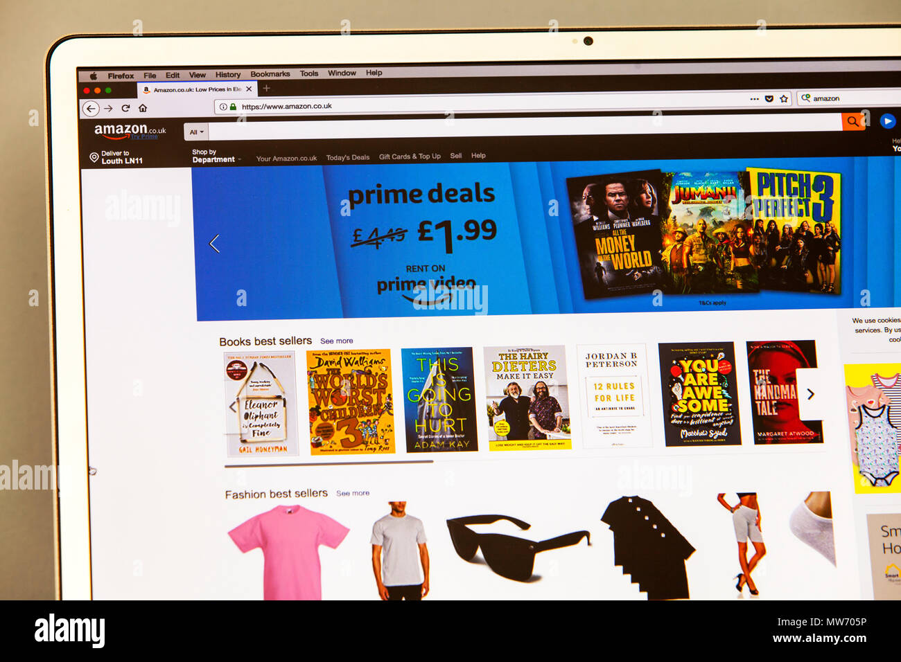 Amazon, Amazon website, Amazon homepage, Amazon shop, Amazon web page, Web page, website, internet page, homepage, web, page, pages,online shopping - Stock Image