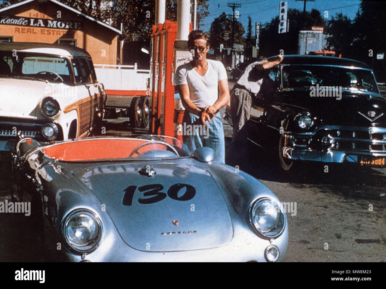 JAMES DEAN (1931-1955) with his Porsche 550 sports car about 1954 - Stock Image