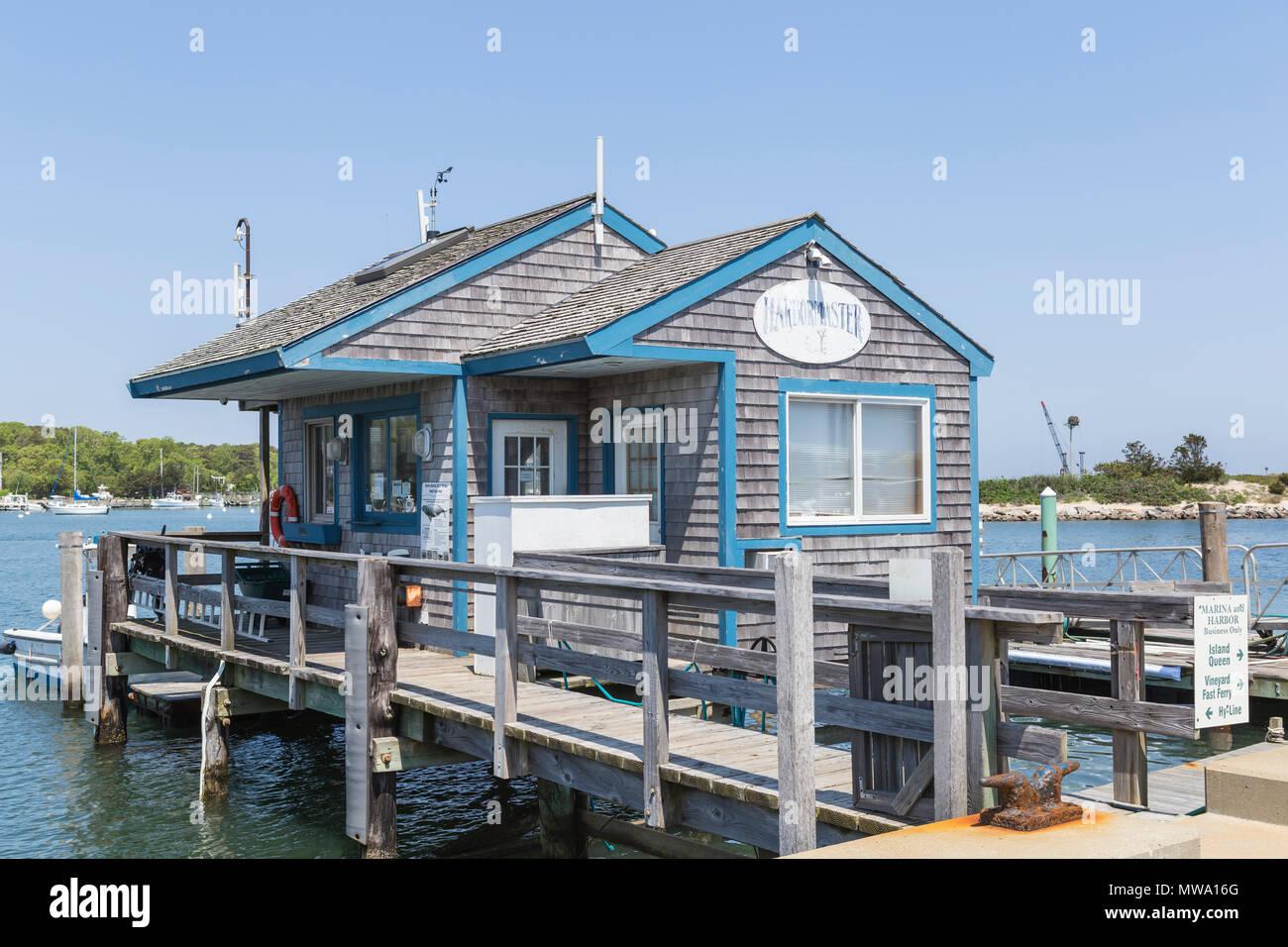 The harbormaster's shack on the marina in Oak Bluffs harbor in Oak Bluffs, Massachusetts on Martha's Vineyard. - Stock Image
