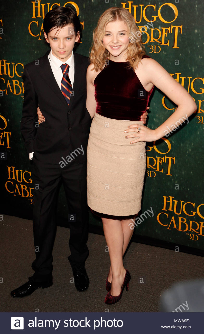 asa butterfield and chloe moretz quothugo cabretquot premiere