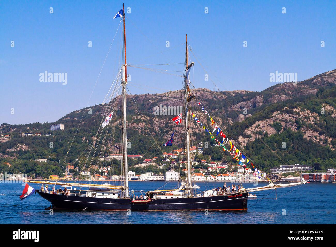 Tall Ships Race Bergen, Norway 2014. Dutch topsail schooner Wylde Swan arriving at Byfjorden, Bergen, Norway. - Stock Image