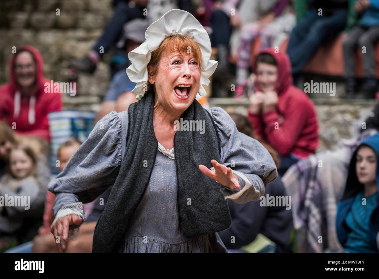 Acting - Gweek Players performing Pirates of Trebah at Trebah Garden Amphitheatre in Cornwall. - Stock Image
