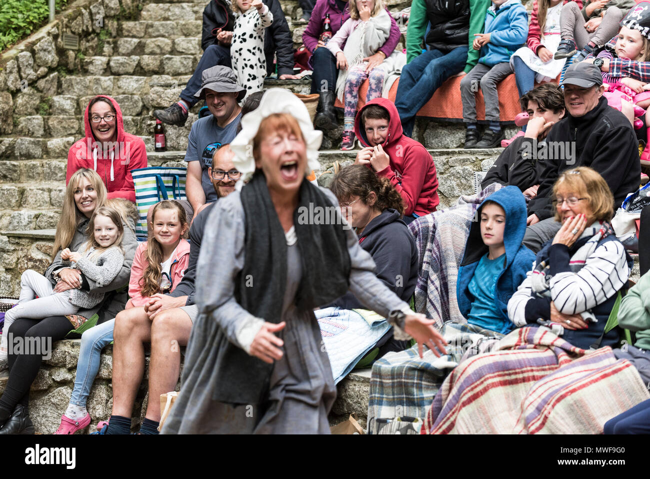 Acting - Gweek Players in a performance of Pirates of Trebah at Trebah Garden Amphitheatre in Cornwall. - Stock Image