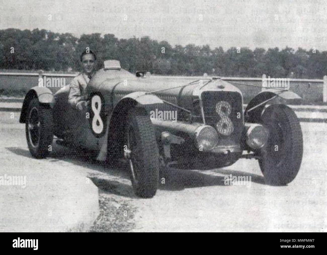 377 Louis Gérard, vainqueur du RAC Tourist Trophy 1938 sur Delage - Stock Image