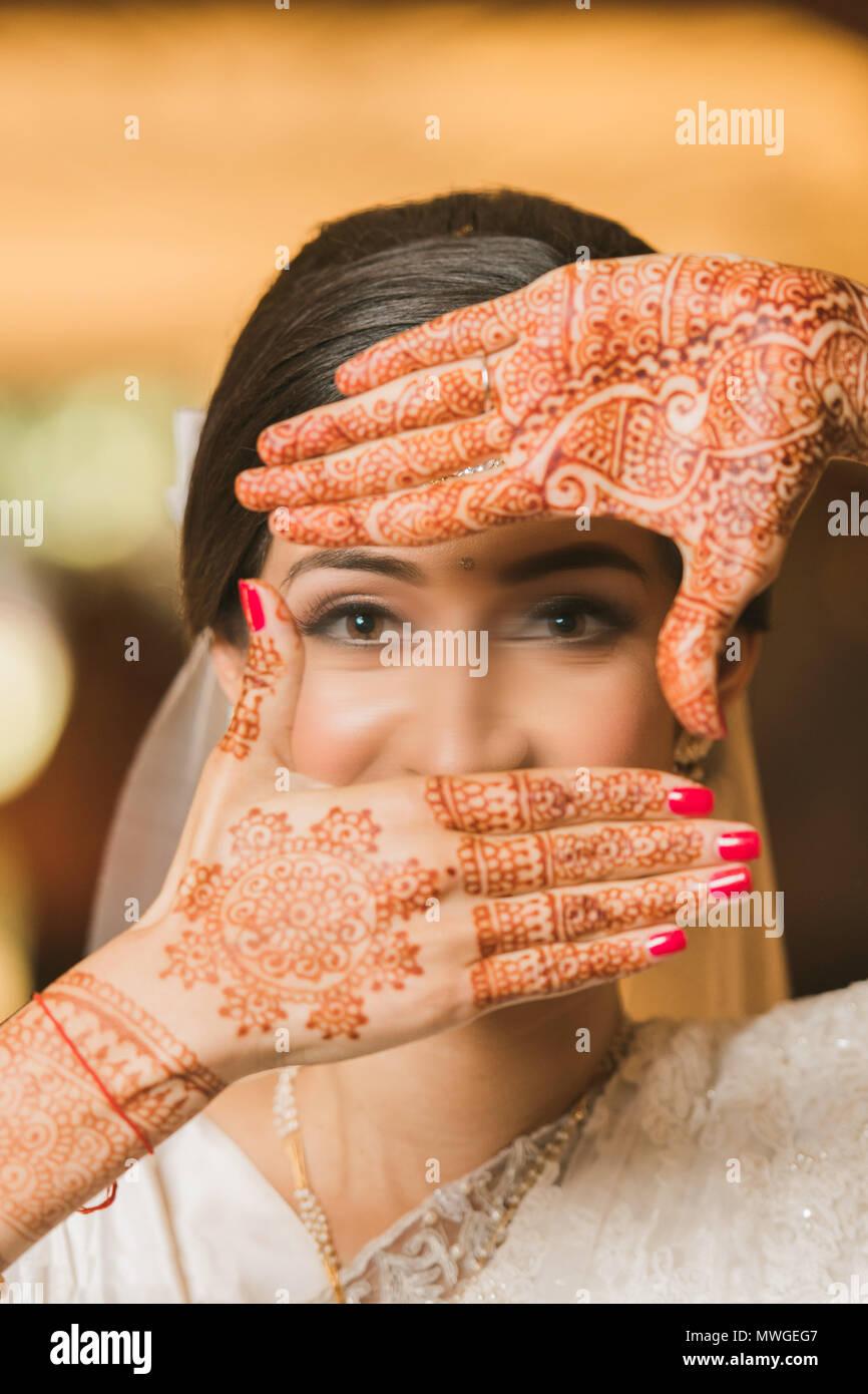 Pakistani Wedding Bridal Woman Hands with beautiful mehndi