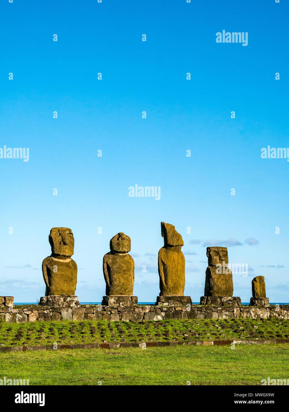 Ahu Vai Ure, Tahai Moai figures, Hanga Roa, Easter Island, Chile - Stock Image
