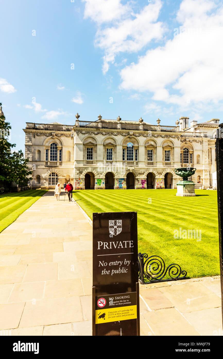 University of Cambridge, University of Cambridge CCTV sign, University of Cambridge crest, University of Cambridge logo, security, warning, sign, UK Stock Photo