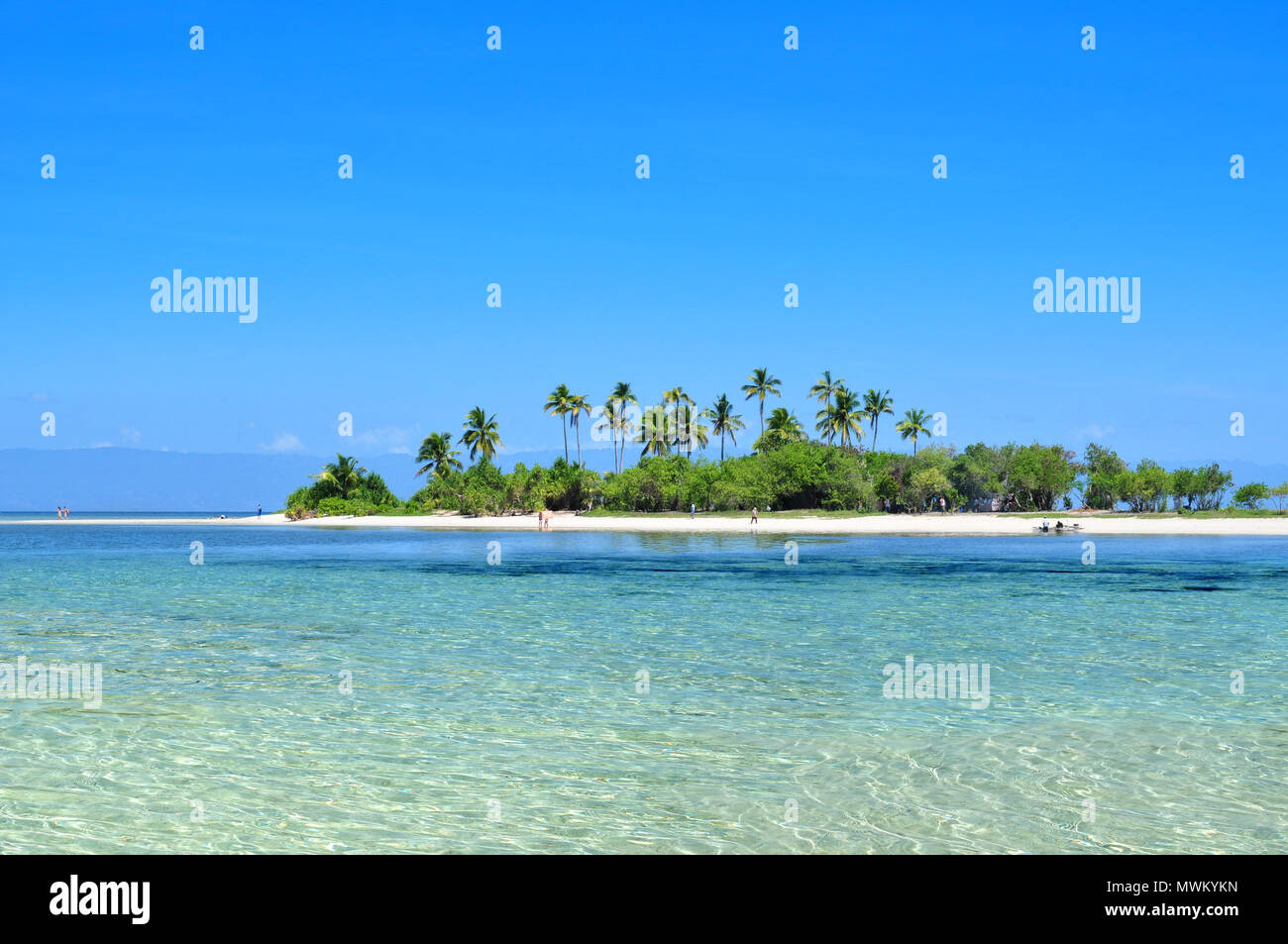 Beautiful pristine tropical island beach. - Stock Image