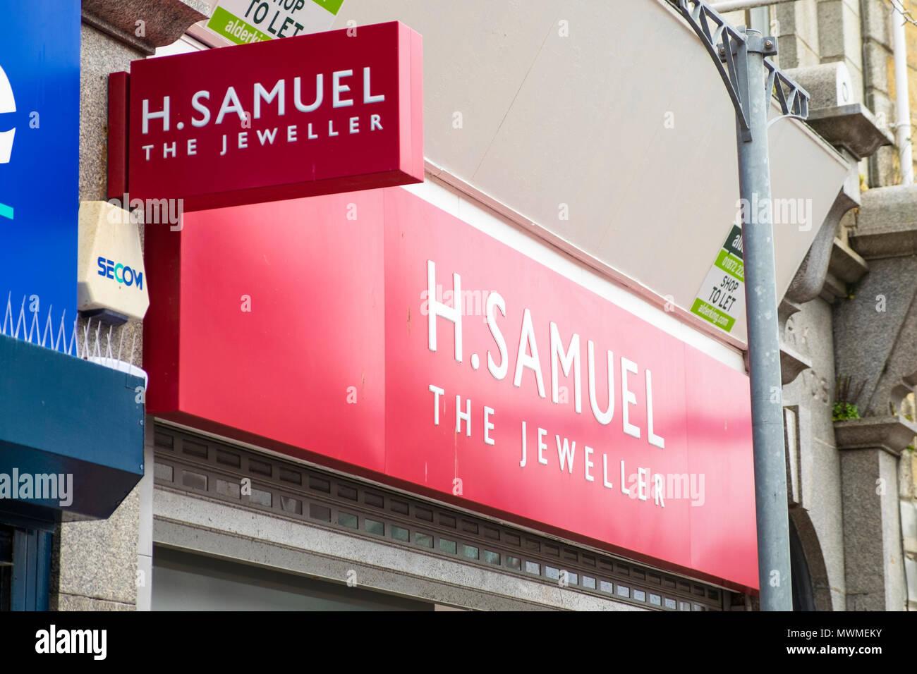 H. samuel, the jeweller, newquay, uk - Stock Image