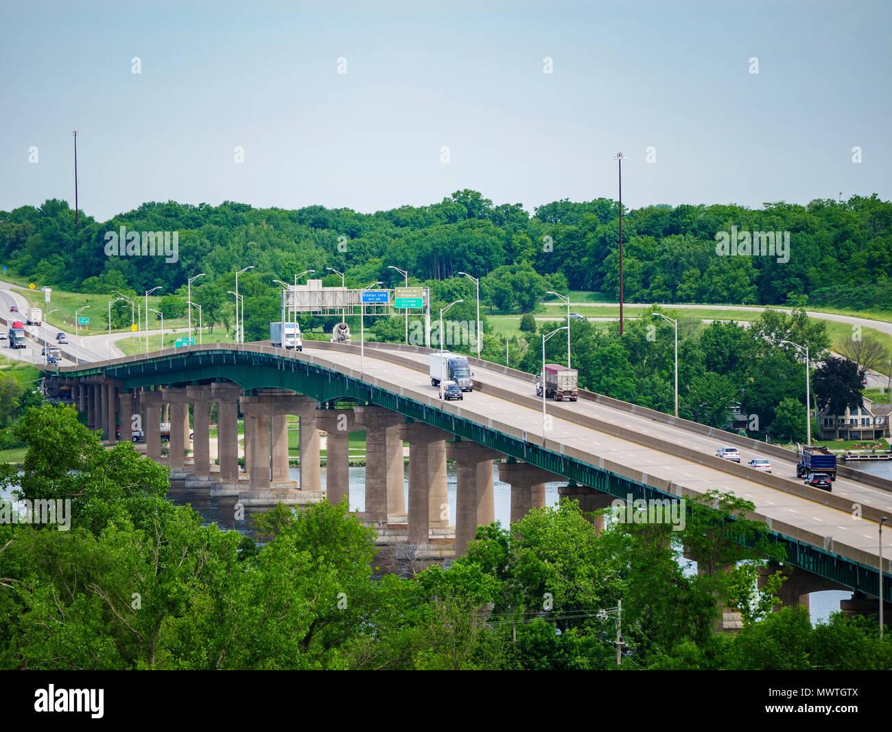 Interstate 80 Mississippi River Bridge between Iowa and Illinois
