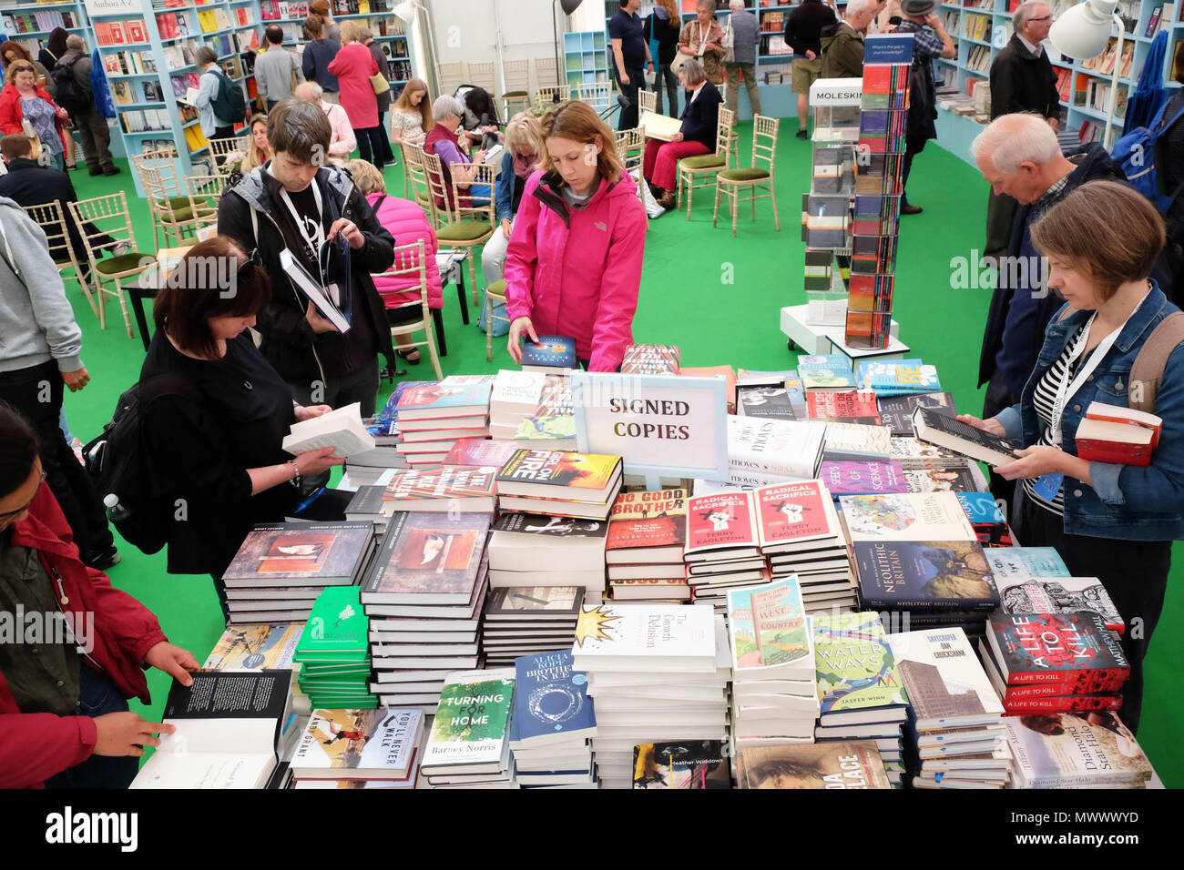 Hay Festival, Hay on Wye, UK. 2nd June 2018. Visitors enjoy a chance to browse the Signed Copies of new books in the Hay Festival bookshop at the start of a busy weekend at the Hay Festival  - Photo Steven May / Alamy Live News - Stock Image