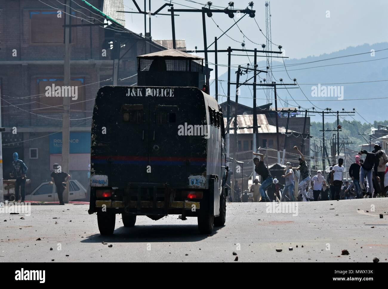 India Police Car Stock Photos & India Police Car Stock
