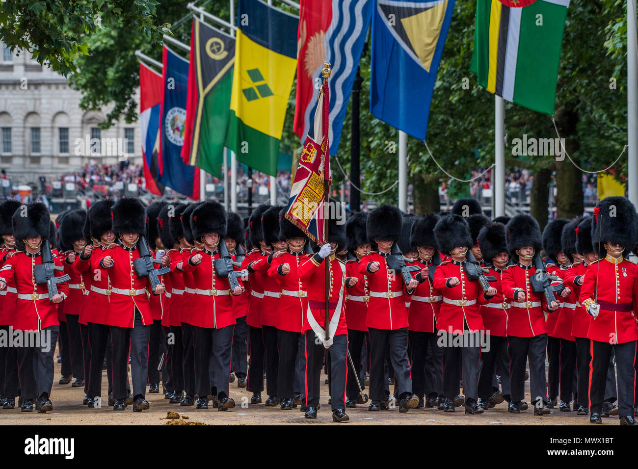 London, UK. 2nd June 2018. Colonel's Review 2018, the last formal inspection of the Household Division before The Queen's Birthday Parade, more popularly known as Trooping the Colour. The Coldstream Guards Troop Their Colour and their Regimental Colonel, Lieutenant General Sir James Jeffrey Corfield Bucknall, takes the salute. Credit: Guy Bell/Alamy Live News Stock Photo