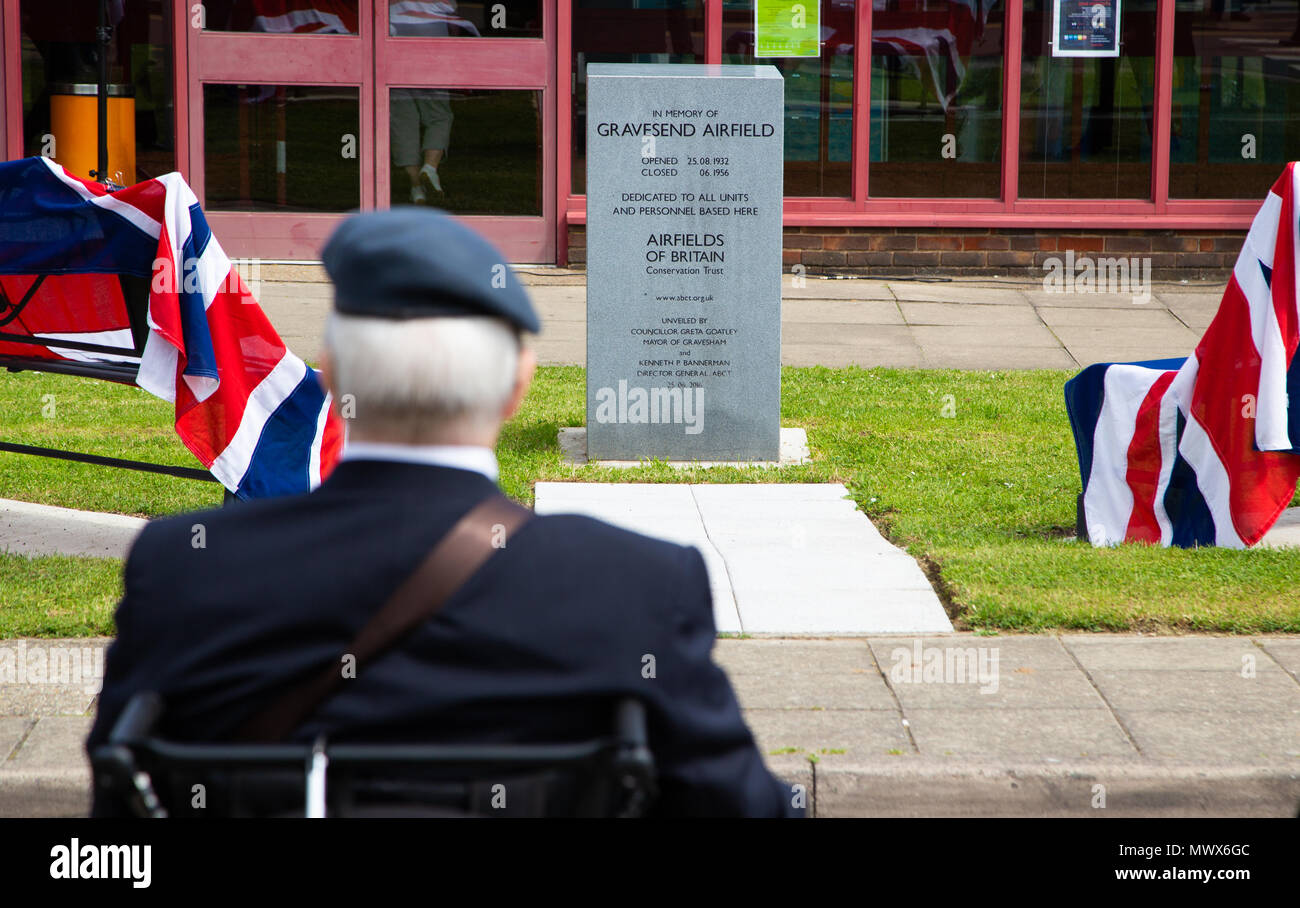 Gravesend Airport, Kent, UK. 2nd Jun, 2018. Veterans reflect at the service for lost airmen on the site of the old Gravesend Airport.  Credit A Beck/Alamy Live Credit: Andrew Beck/Alamy Live News - Stock Image