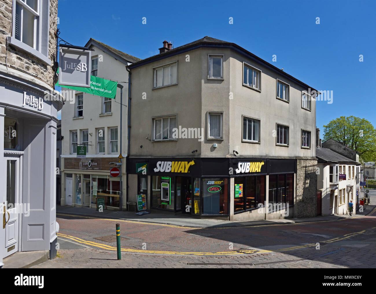 Subway, submarine sandwich store. 1 Stramongate, Kendal, Cumbria, England, United Kingdom, Europe. - Stock Image