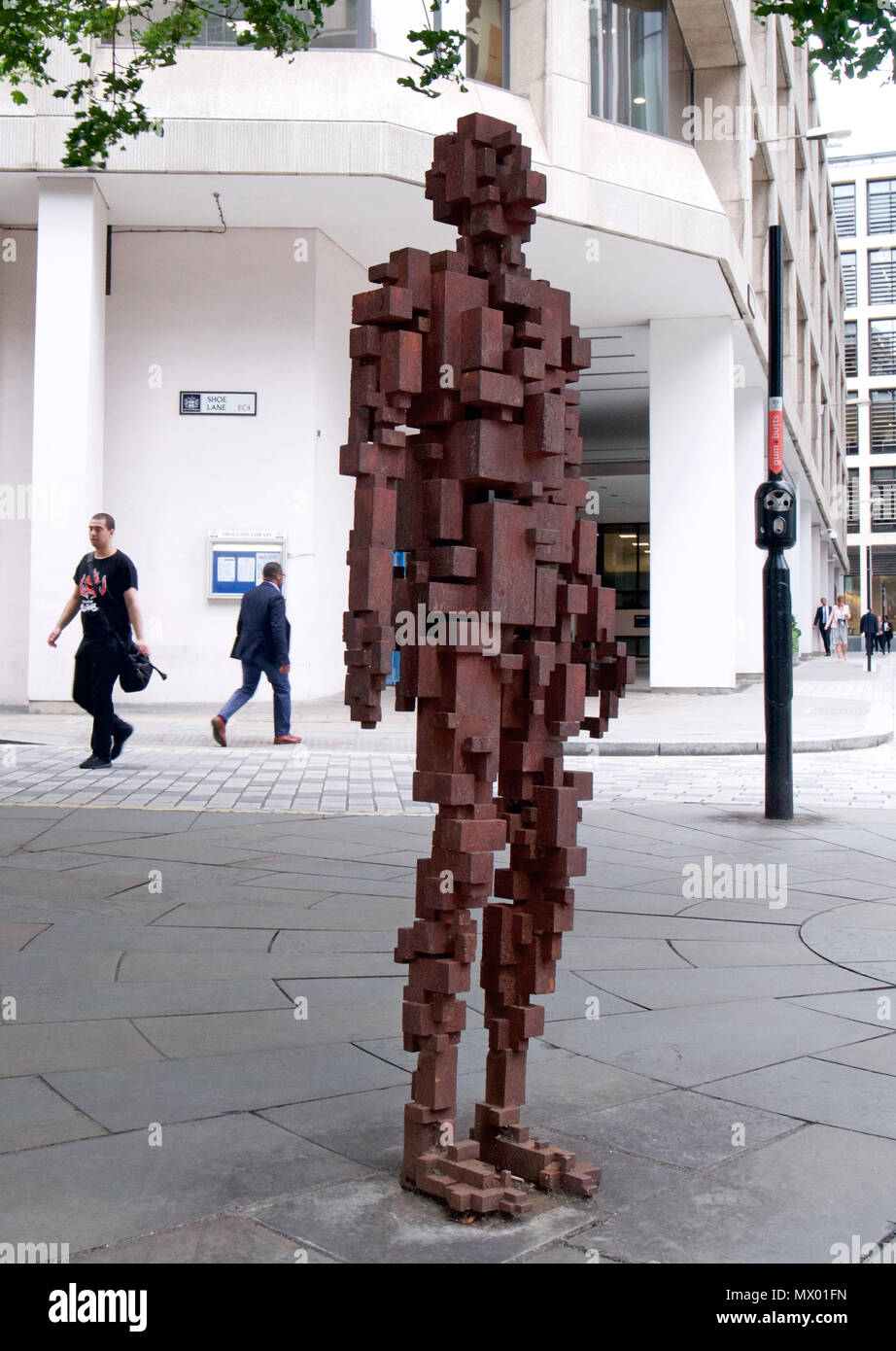 'Resolution' - An Antony Gormley Statue in Shoe Lane, London - Stock Image