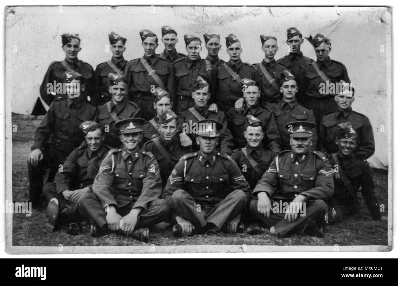 Group Photo of part of 68 Medium Regiment Royal Artillery, 233 Battery, 1939 UK, Second world War - Stock Image