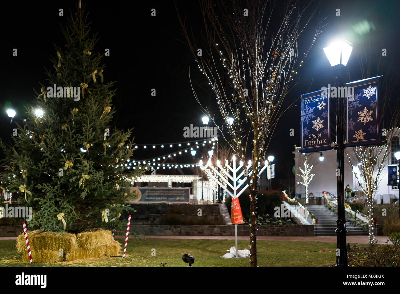 Fairfax, USA - December 24, 2017: Christmas Eve decorations in ...