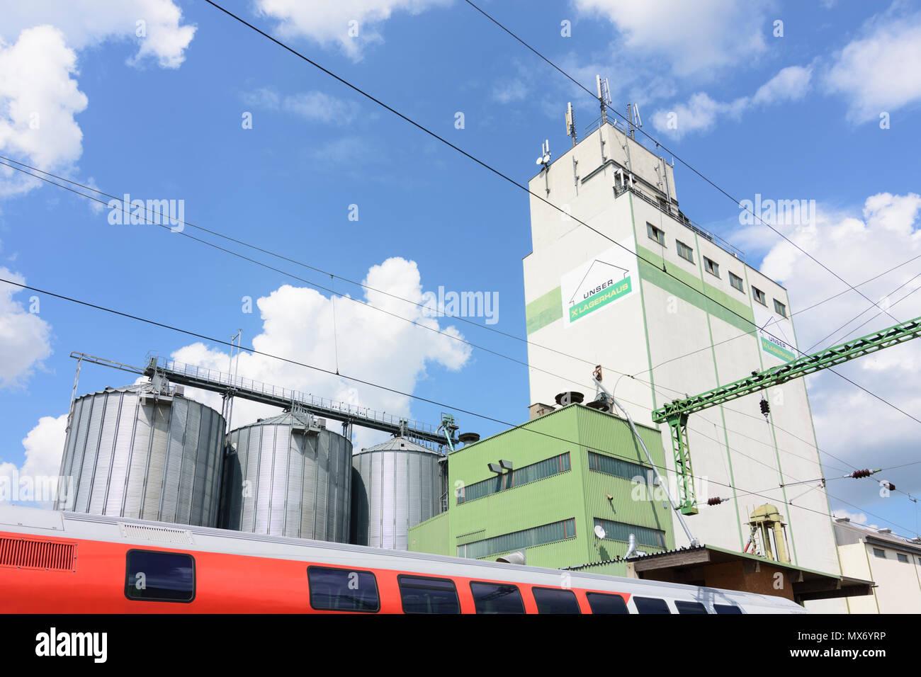 Deutschkreutz: DIY Lagerhaus, train in Austria, Burgenland, Mittelburgenland Stock Photo